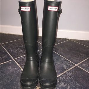 HUNTER BOOTS OLIVE GREEN